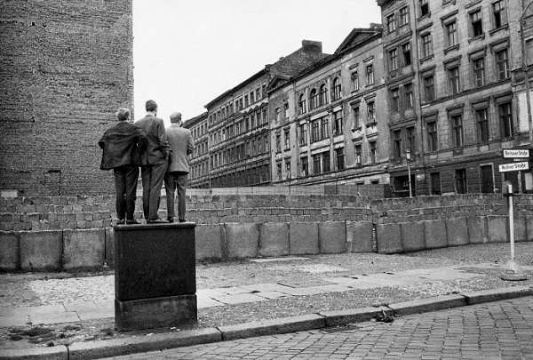 bressonberlinwall